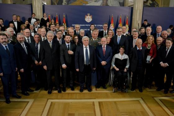 Dodeljena odlikovanja povodom Dana državnosti Srbije Zasluge za odbranu i bezbednost - Prva uprava BIA