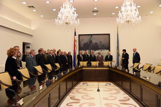 Директор Безбедносно-информативне агенције Братислав Гашић угостио је данас у просторијама Агенције пензионисане колеге (Београд 13.05.2019. године)